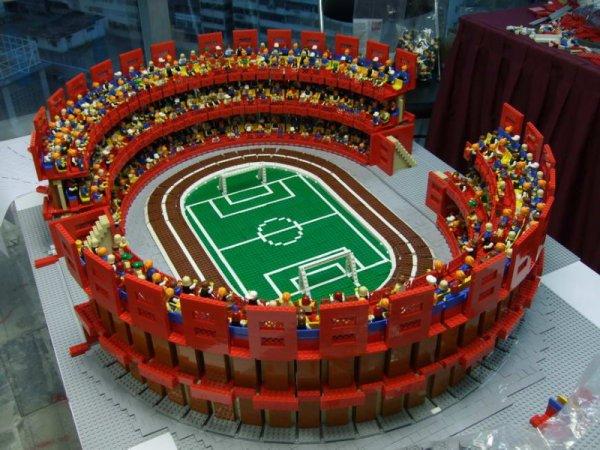 Le pi grandi creazioni lego esistenti mukkamu for Lego giganti arredamento