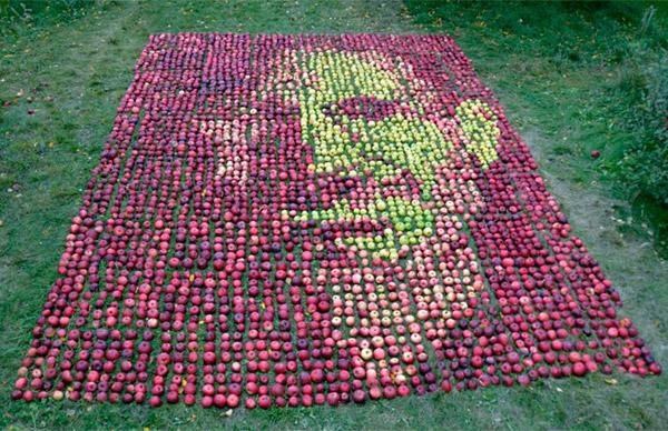 Ritratto di Steve Jobs fatto di mele